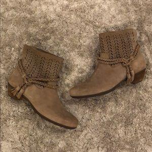 Abeo Biosystem Nicole Suede Leather Bootie